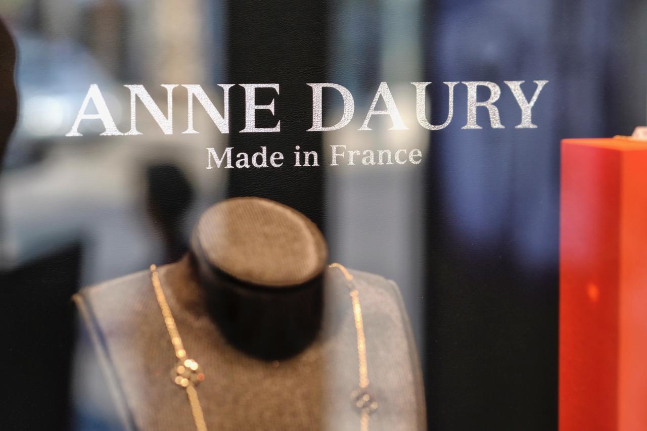 création de bijoux hyères, bijouterie Anne Daury, Daury, bijoutier hyères